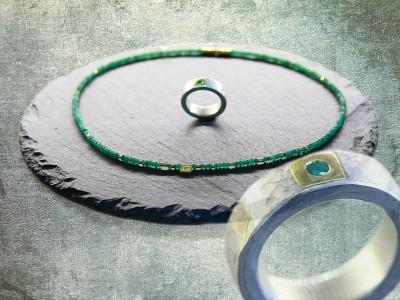 Smaragdkette-und-Ring
